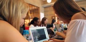 """女孩也能敲代码!""""GirlsInAI""""算法工程师免费养成计划开始招募"""